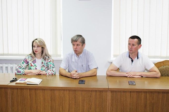 На Тисмениччині оштрафували підприємця, який не покосив траву (ФОТО)